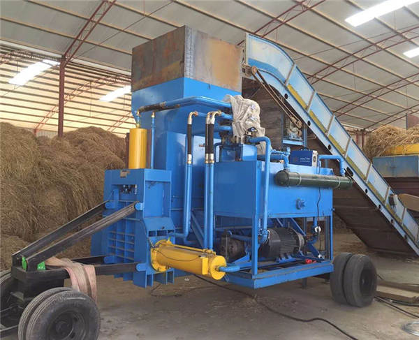 Bagging machine for small bags